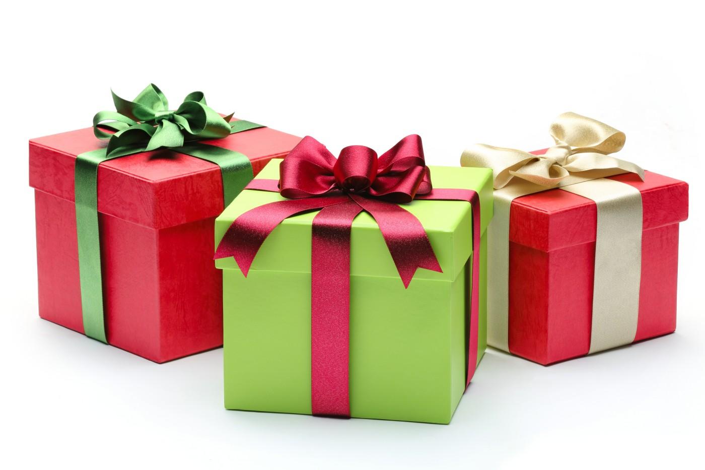 christmas-gift-boxes-h3iatag4